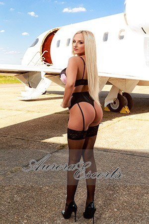 London escort girl  Candela