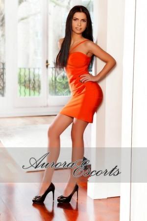 London escort girl  Samia