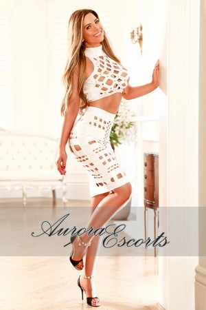 London escort girl  Sienna