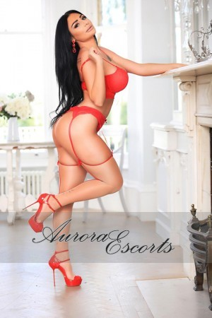 London escort girl  Mona