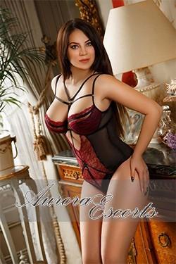 London escort girl Lori