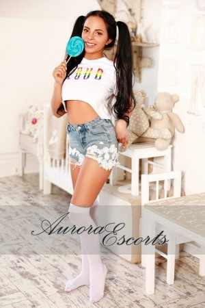 London escort girl  Dorothy