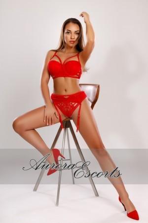 London escort girl  Roxane