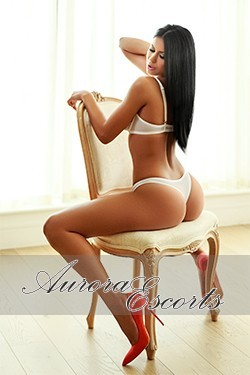 London escort girl Charlotte