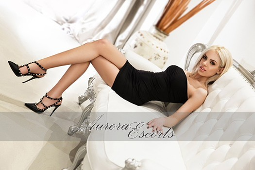 London escort girl Dannii