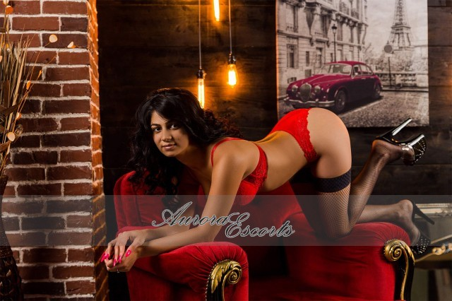 London escort girl Dana